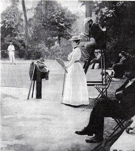 Tennis woman 1900